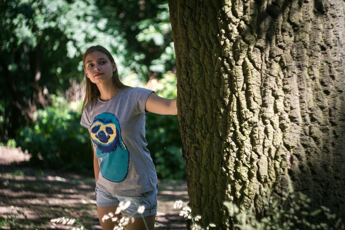 Koszulka damska z nadrukiem Kolorowy Leniwiec