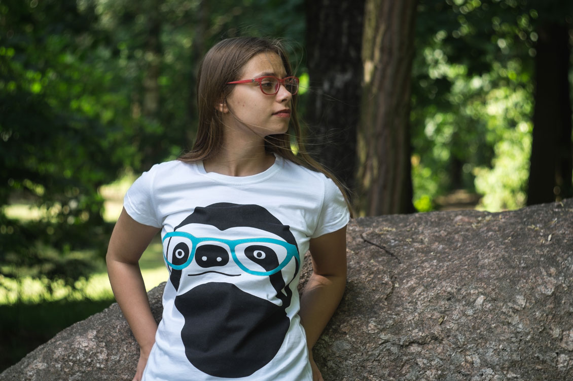 Women's T shirt Sloth with Glasses size M